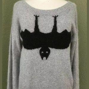 H&M DIVIDED NWOT black bat sweater 🦇
